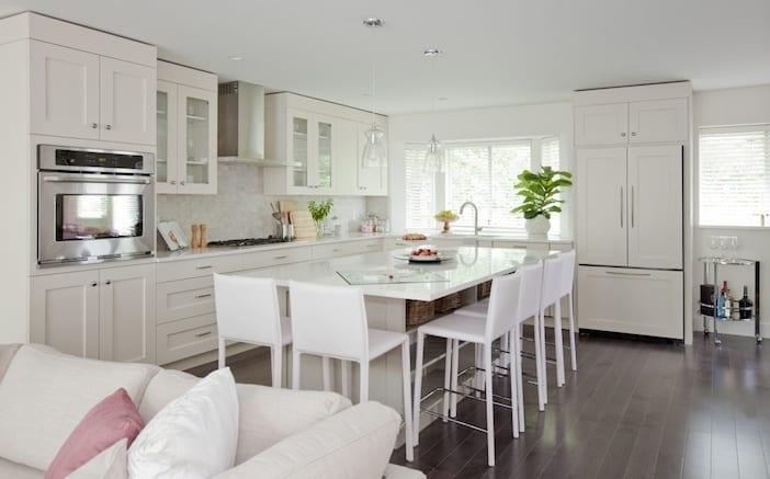 Love it or list it vancouver neena jag jillian harris for Jillian harris kitchen designs