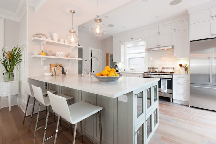 Love it or list it vancouver liza shawn jillian harris for Kitchen ideas vancouver