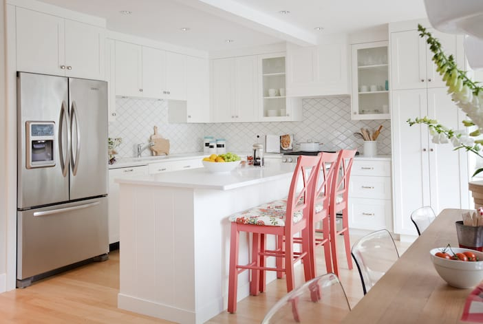 White kitchen love jillian harris for Kitchen ideas vancouver