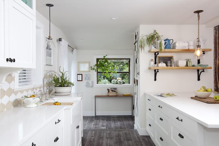 White kitchen love jillian harris for Jillian harris kitchen designs