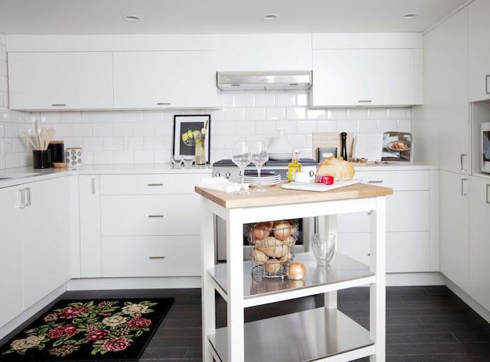 LOLV EP3055 - Kitchen 1