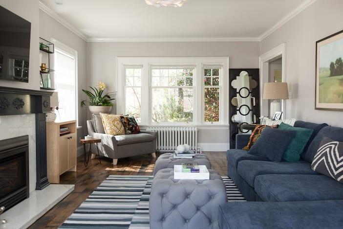 LOLV EP3058 - Living Room 1