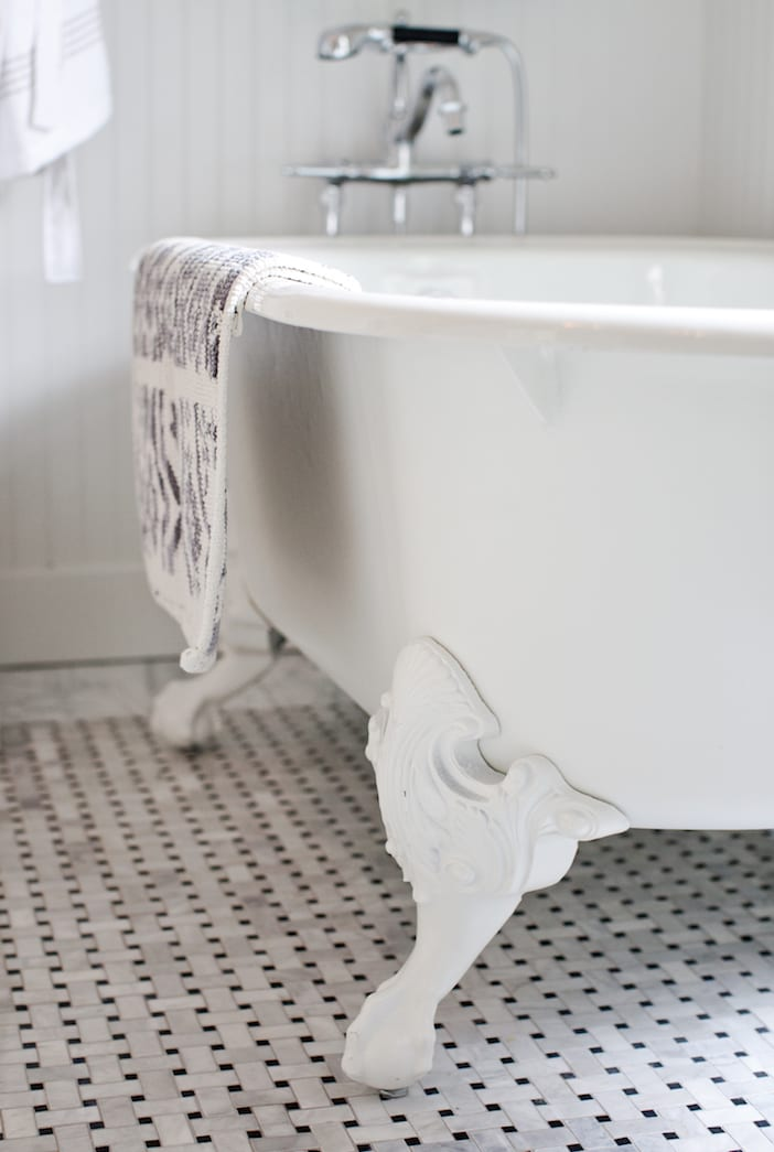 LOLV EP3060 - Detail - Main Bathroom 3