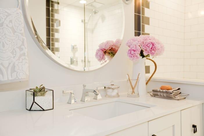 LOLV EP3065 - Detail - Bathroom 1