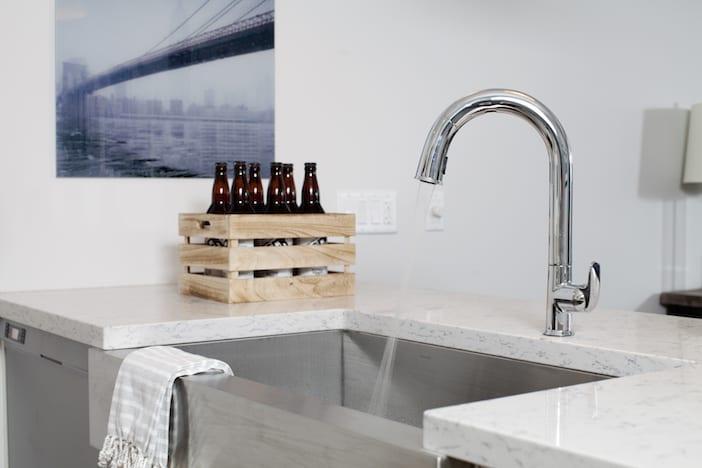 LOLV EP3065 - Detail - Wet Bar 2