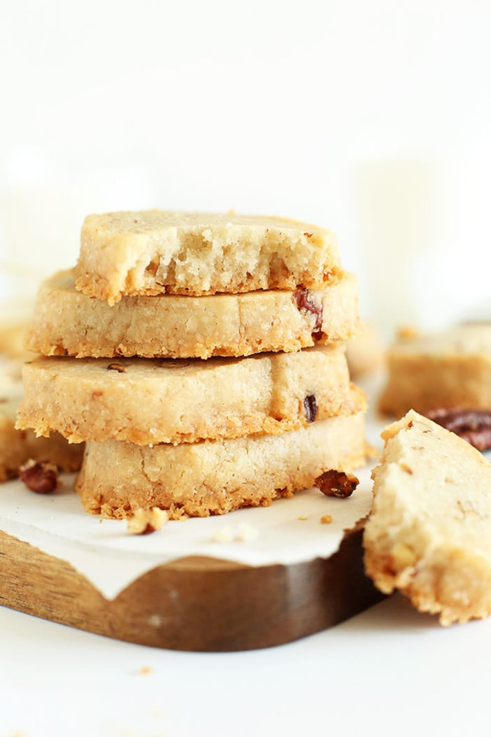Easy-Banana-Pecan-Shortbread-totally-butter-free-Made-with-coconut-oil-and-entirely-vegan
