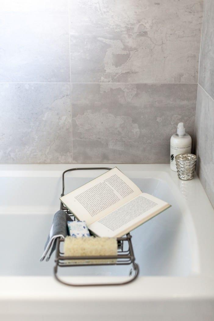 Love it or list it EP3068 - Detail - Bathroom 7-2