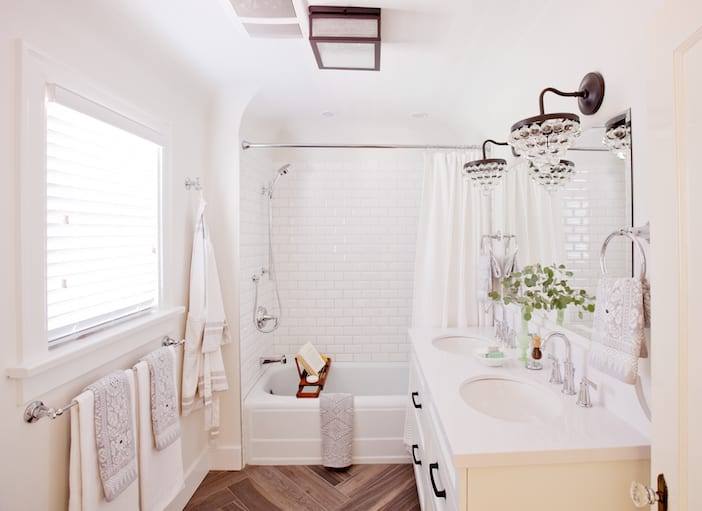 Love It Or List It Vancouver - LOLV EP3073 - After - Master Bathroom 1