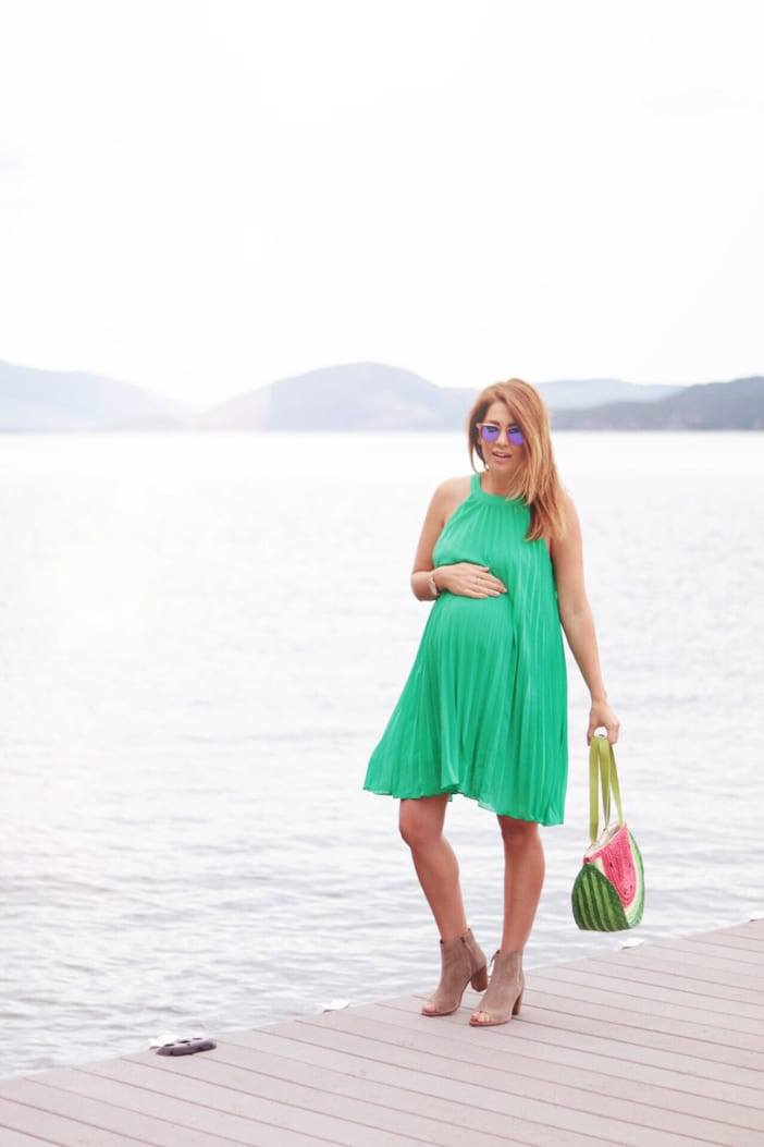baby-bump-in-green-modcloth