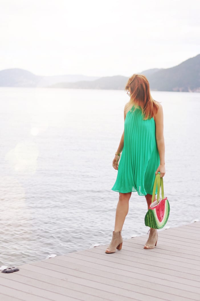 bright-green-modcloth-on-the-pier