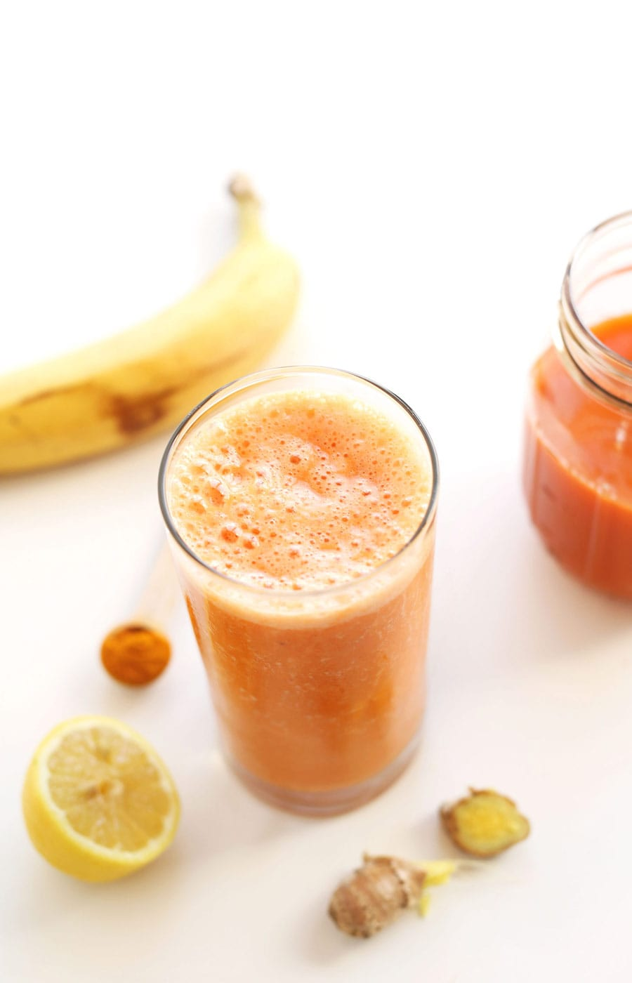 carrot-ginger-turmeric-smoothie
