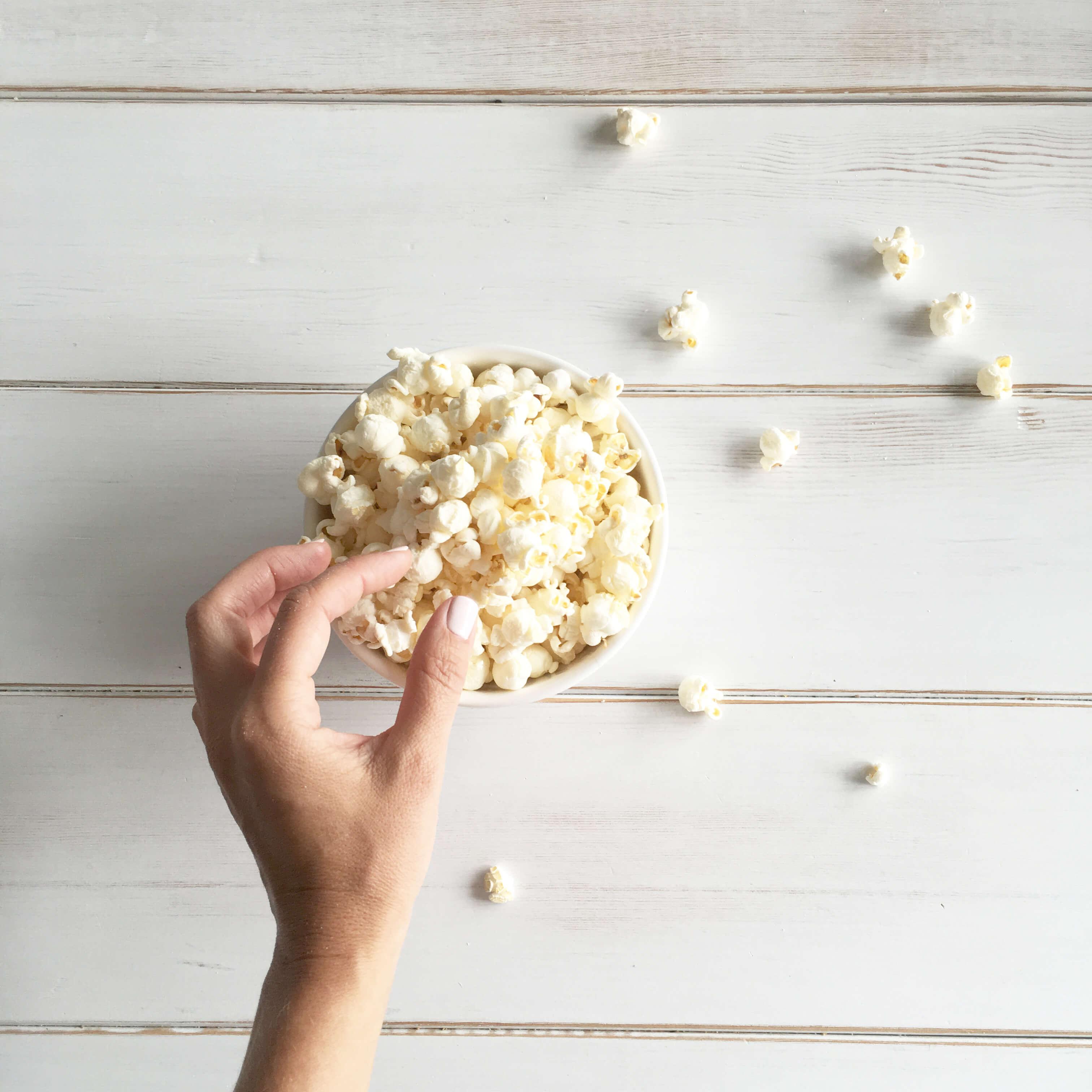 Jillian-Harris-Eating-Smart-Pop-Popcorn-13