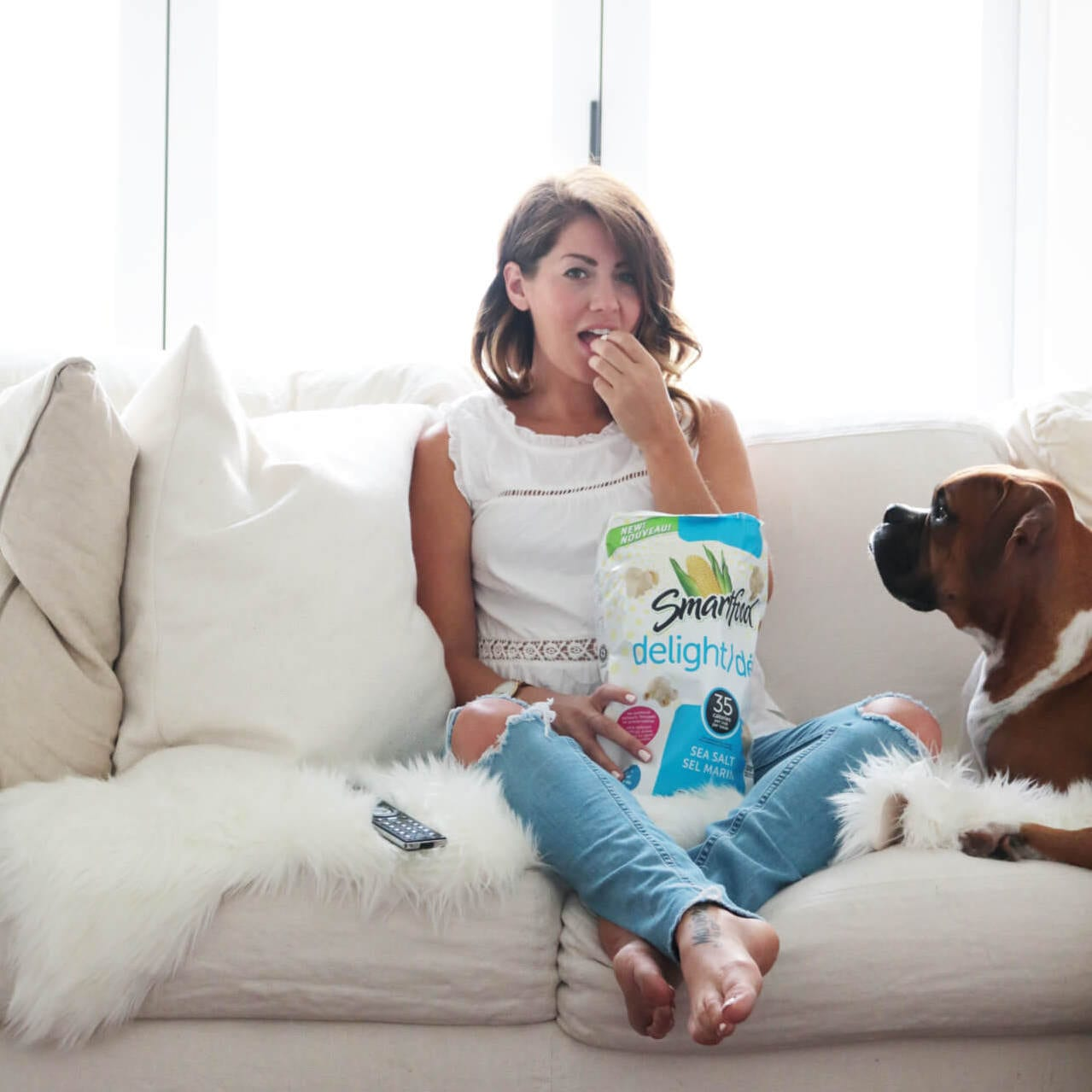 Jillian-Harris-Eating-Smart-Pop-Popcorn-3