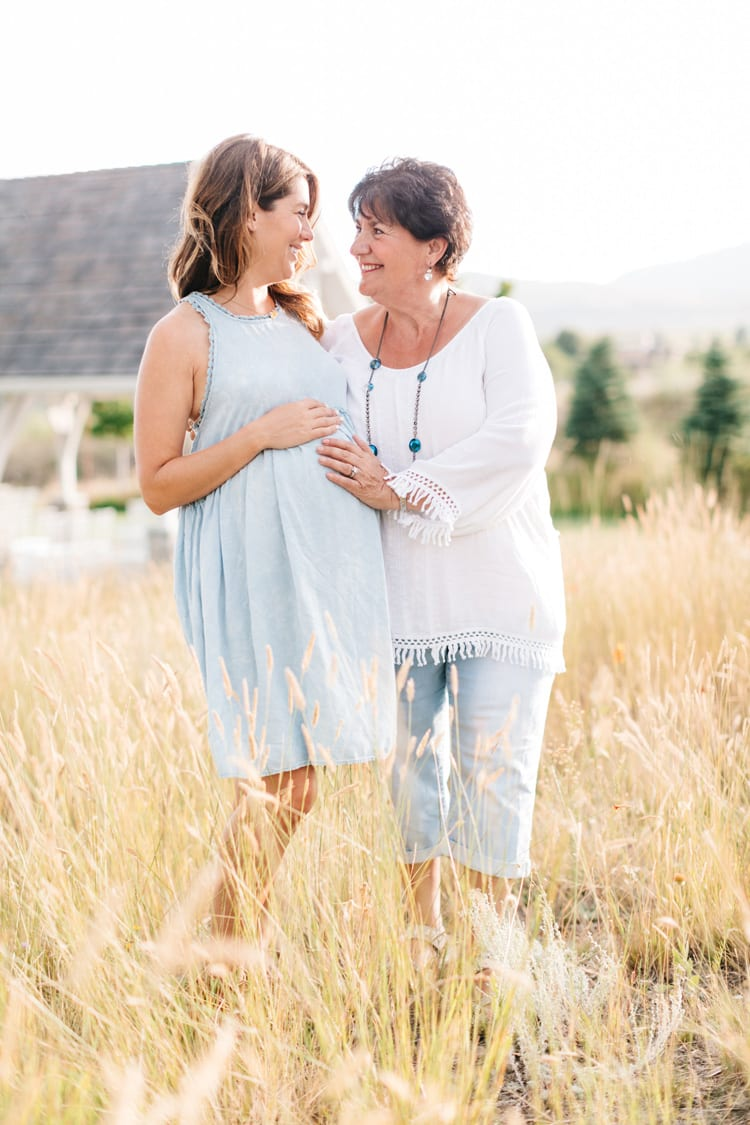 Jillian Harris with Mom and baby belly