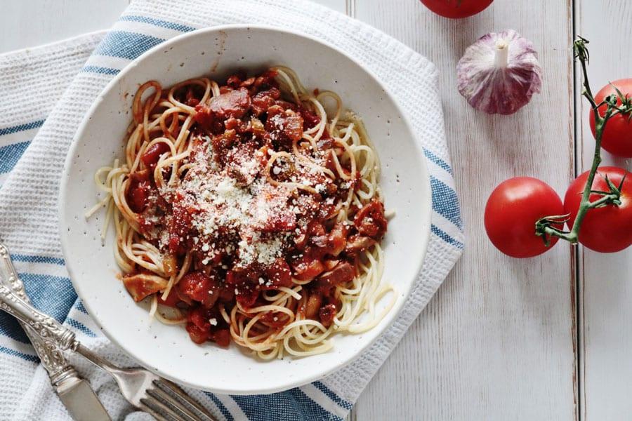 hearty-vegan-bolognese