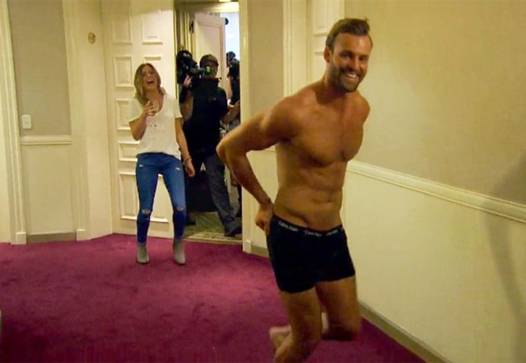 Robby and JoJo stripping on last nights episode of The Bachelorette