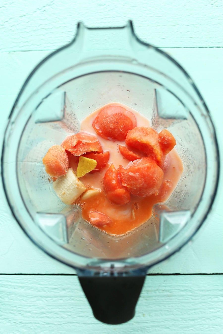 CREAMY-refreshing-Papaya-Smoothie-Detox-with-just-6-ingredients-vegan-glutenfree-drink-recipe-detox-smoothie-papaya