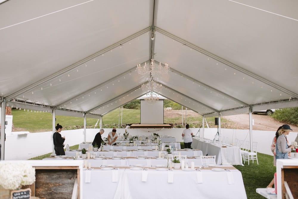 setting-up-the-wedding