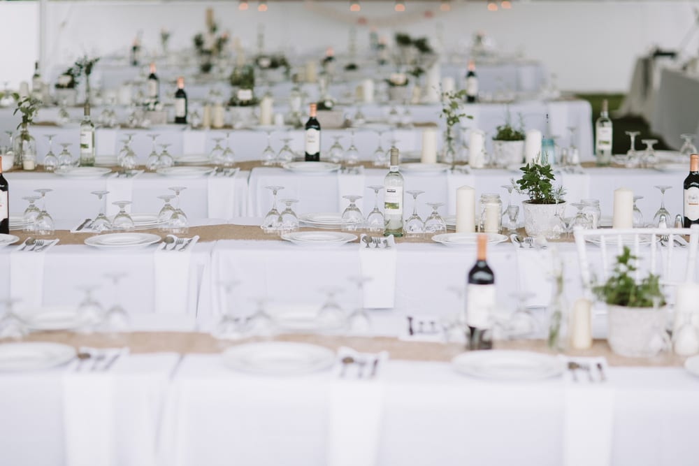 table-setting-for-reception