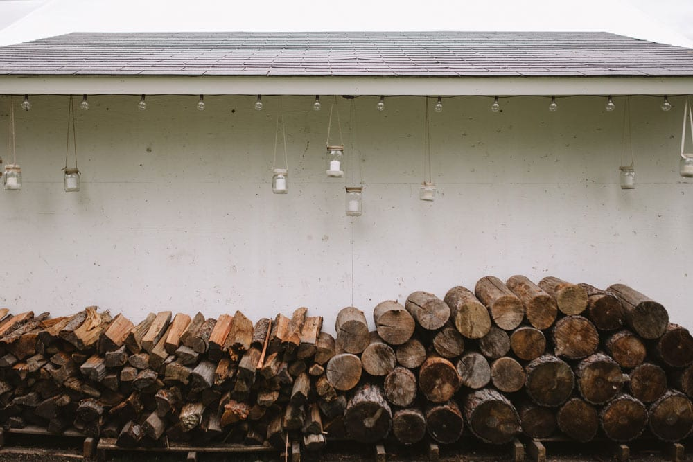 wood-stack-with-candles