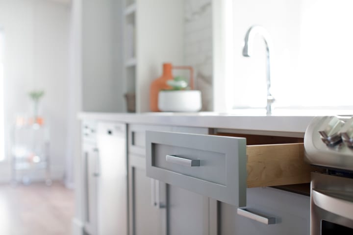 lolv-ep4080-detail-cabinets-kitchen-1