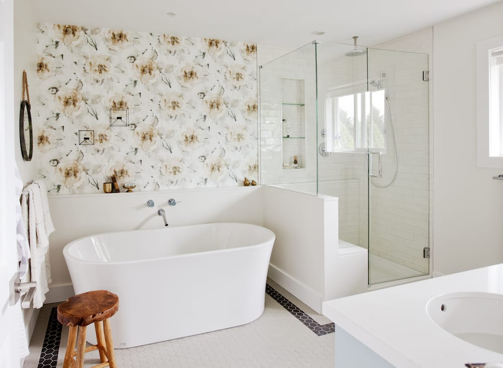 love it or list it vancouver-ep4083-after-master-ensuite-1-2