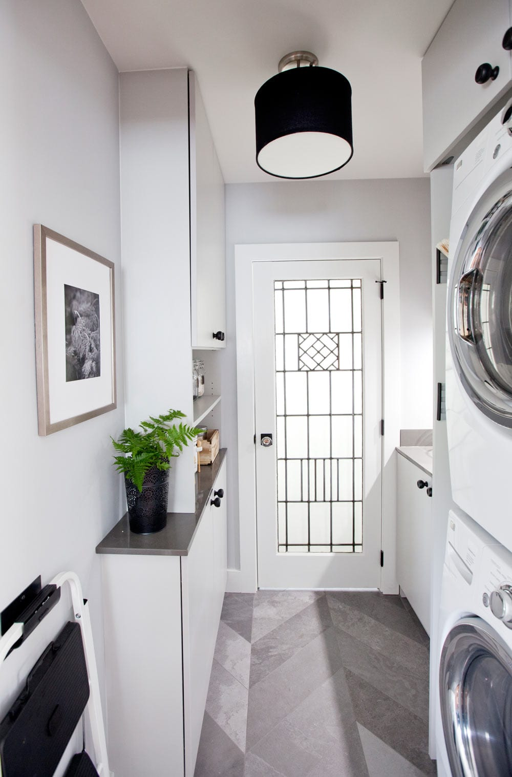 blog-love it or list it-ep4079-after-laundry-room-2