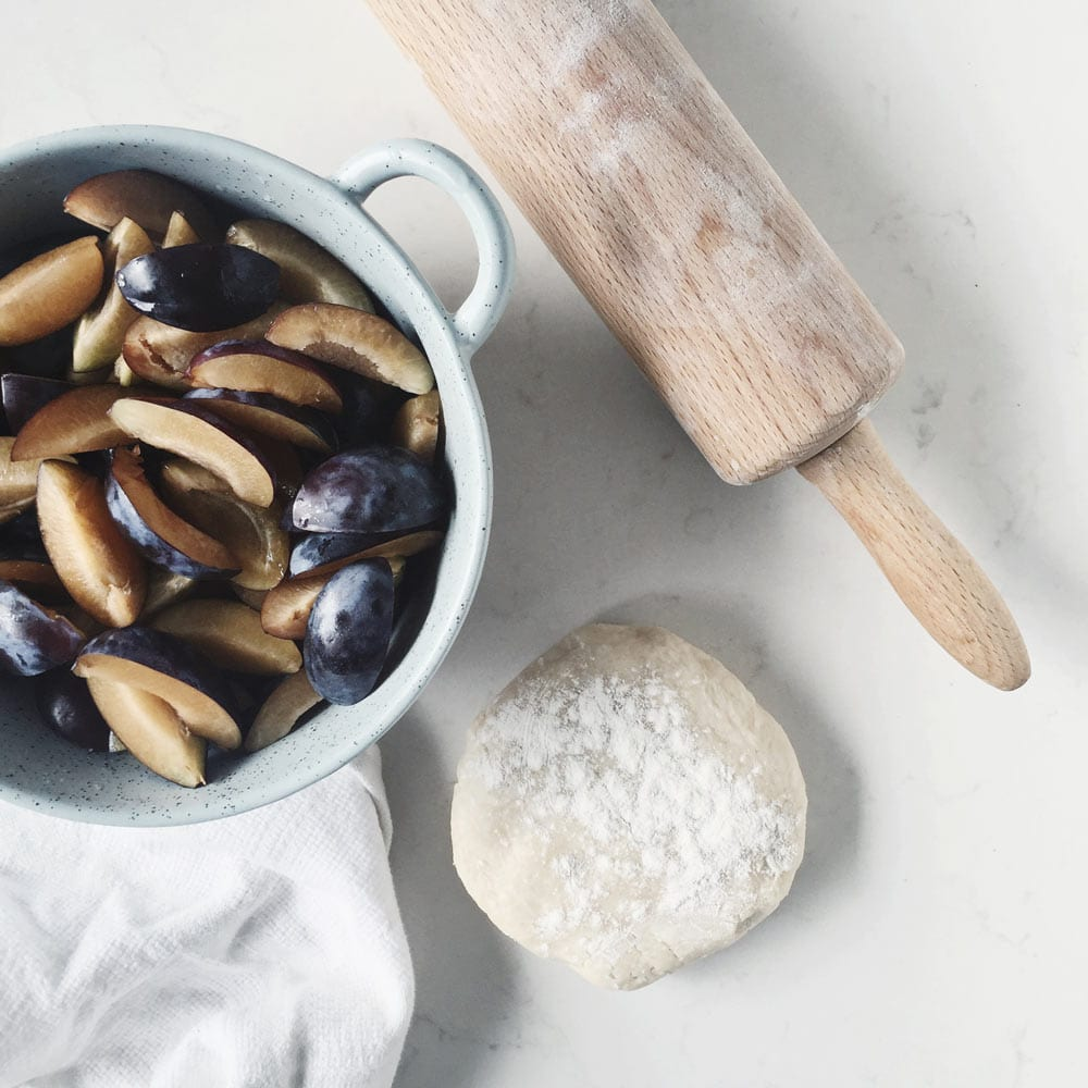 plums-and-dough-for-baking