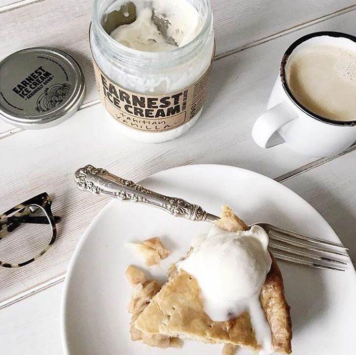 jillian-harris-5-things-to-boost-your-mood-bake