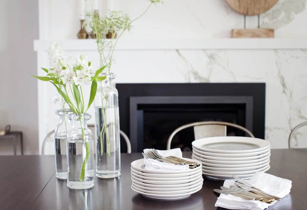 Love It Or List It Vancouver - dining room