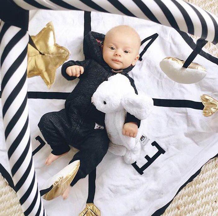leo-play-blanket