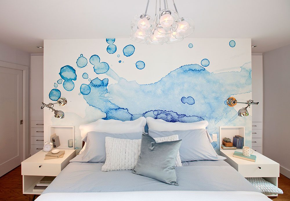 love-it-or-list-it-vancouver-master-bedroom-feature-wall