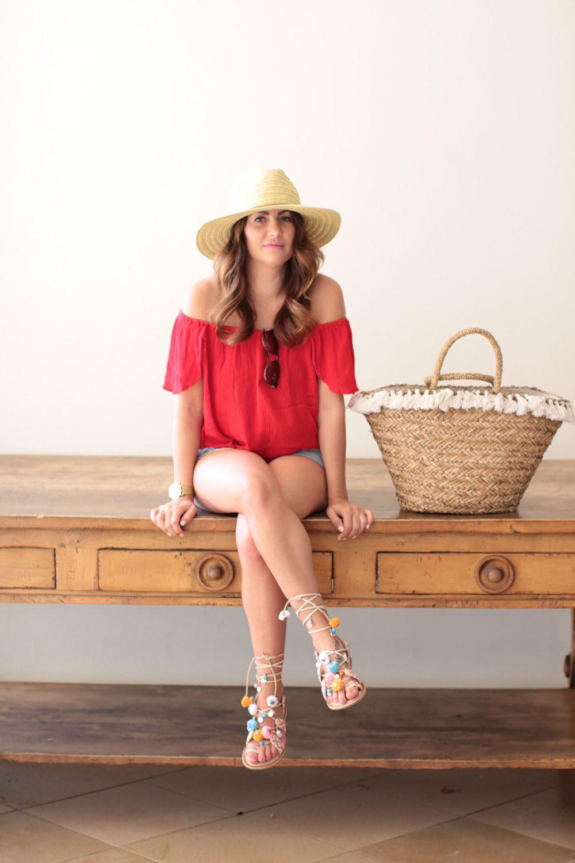 jilly-in-gnm-red-top-in-maui wearing warm destination wear