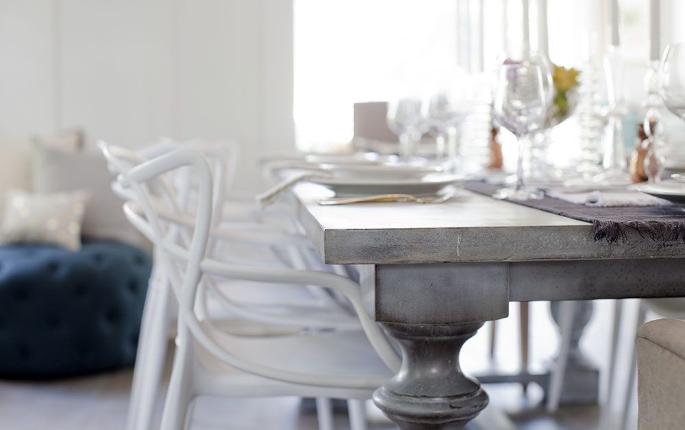 love-it-or-list-it-vancouver-custom-dining-table