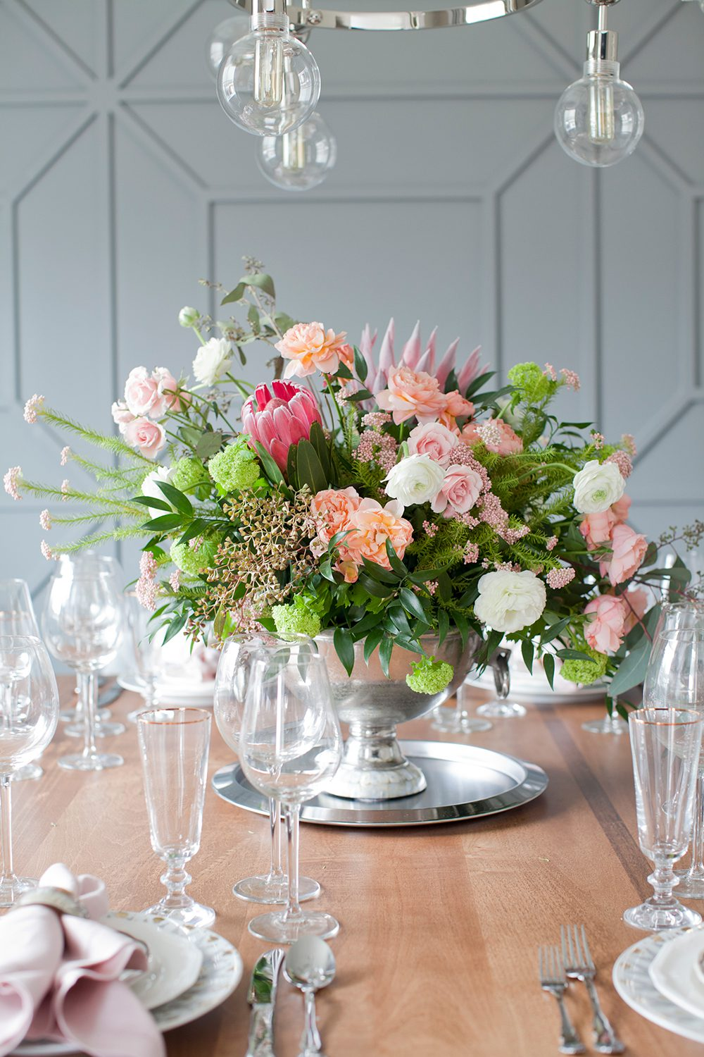 love-it-or-list-it-vancouver-dining-room-table-setting-web
