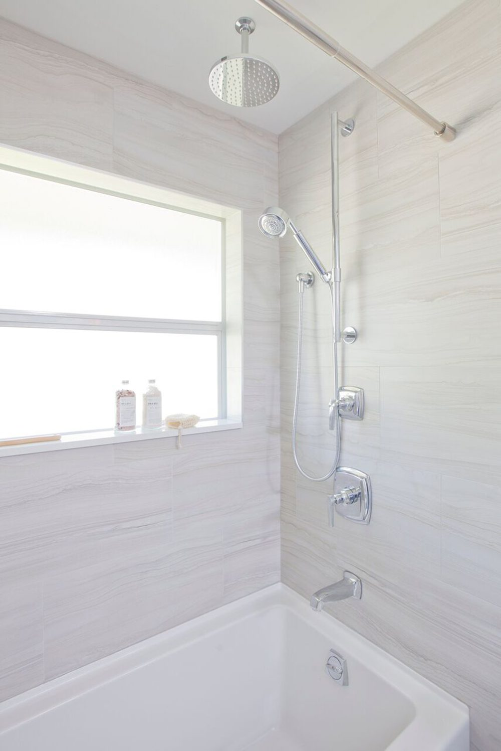 love-it-or-list-it-vancouver-main-bathroom-shower-web