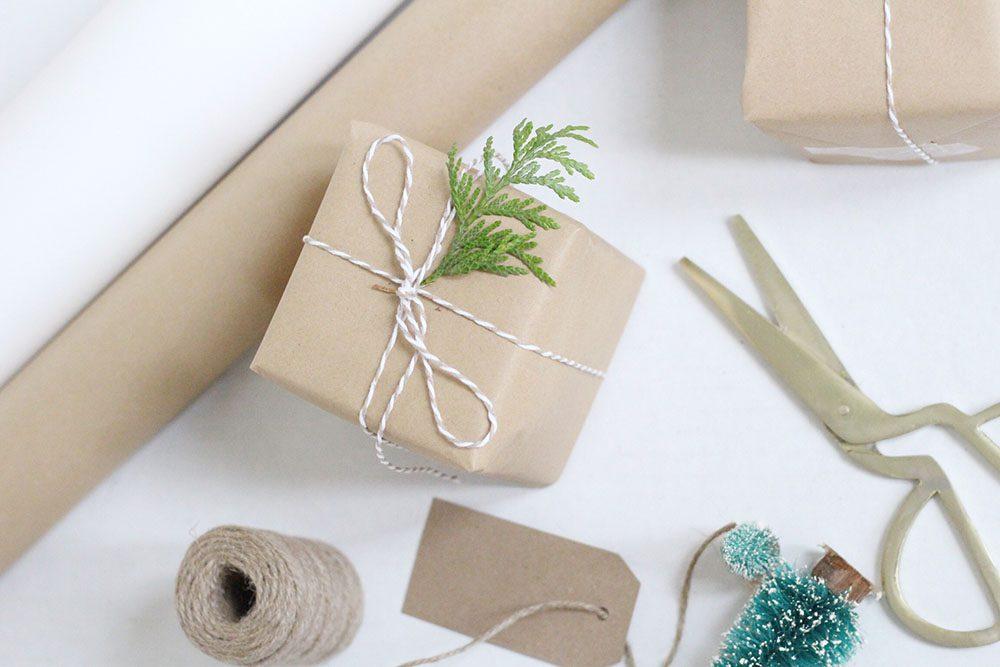 jillian-harris-how-to-wrap-the-perfect-present-3