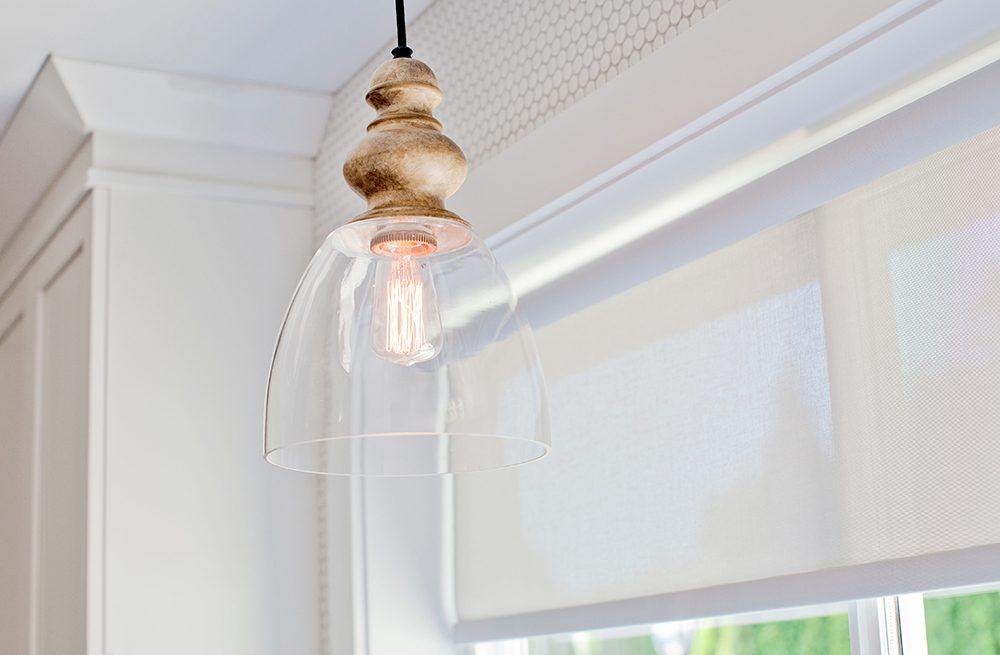 love-it-or-list-it-vancouver-kitchen-light