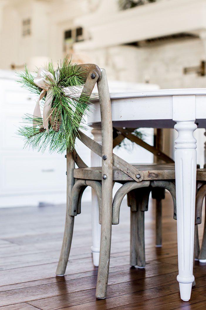 christmas-home-decor-flocked-tree-white-32