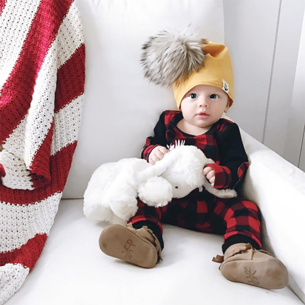 jillian-harris-leos-first-christmas-7