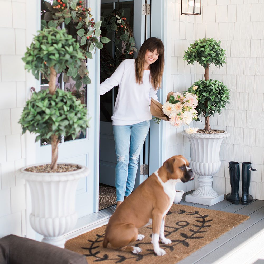 Jillian Harris Thanksgiving Decorating