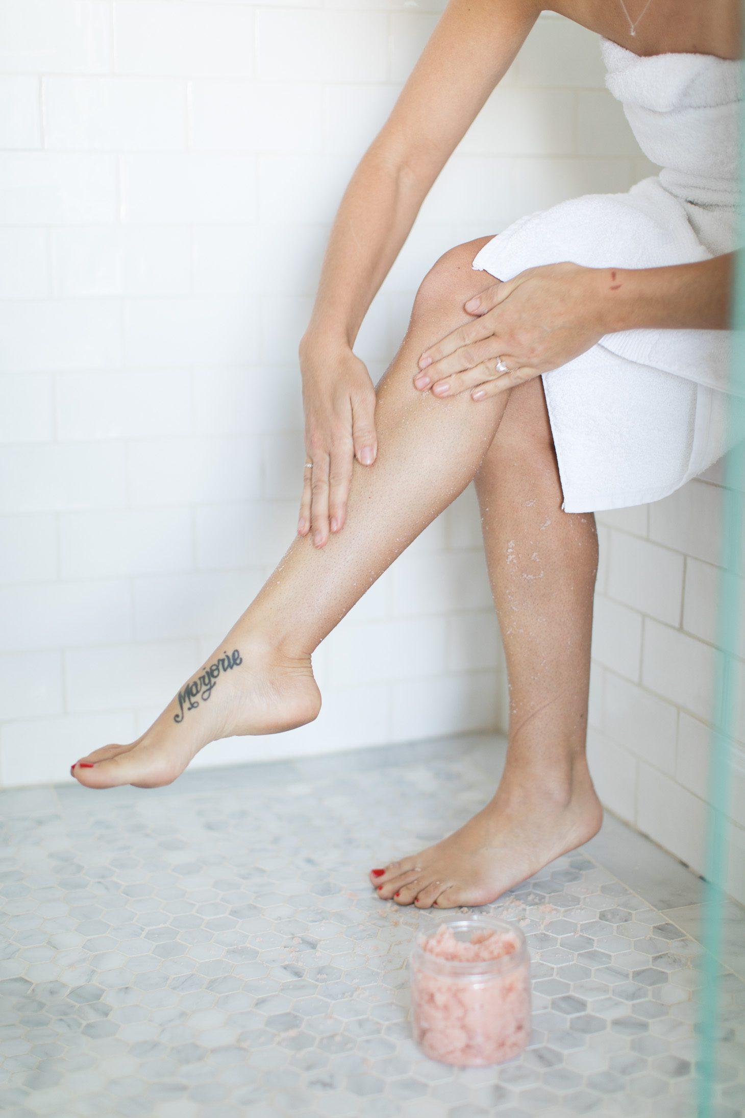 Jillian Harris DIY Invigorating Body Scrub