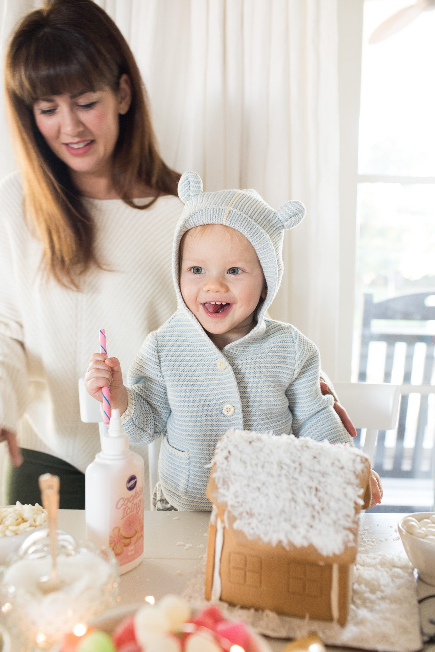 Jillian Harris Gingerbread House Decorating Tips