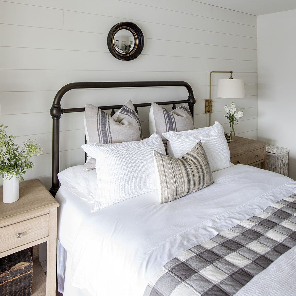Serenity Now Ikea Shopping Trip And Home Decor Ideas: Home Tour Series: Spare Bedroom And Bathroom