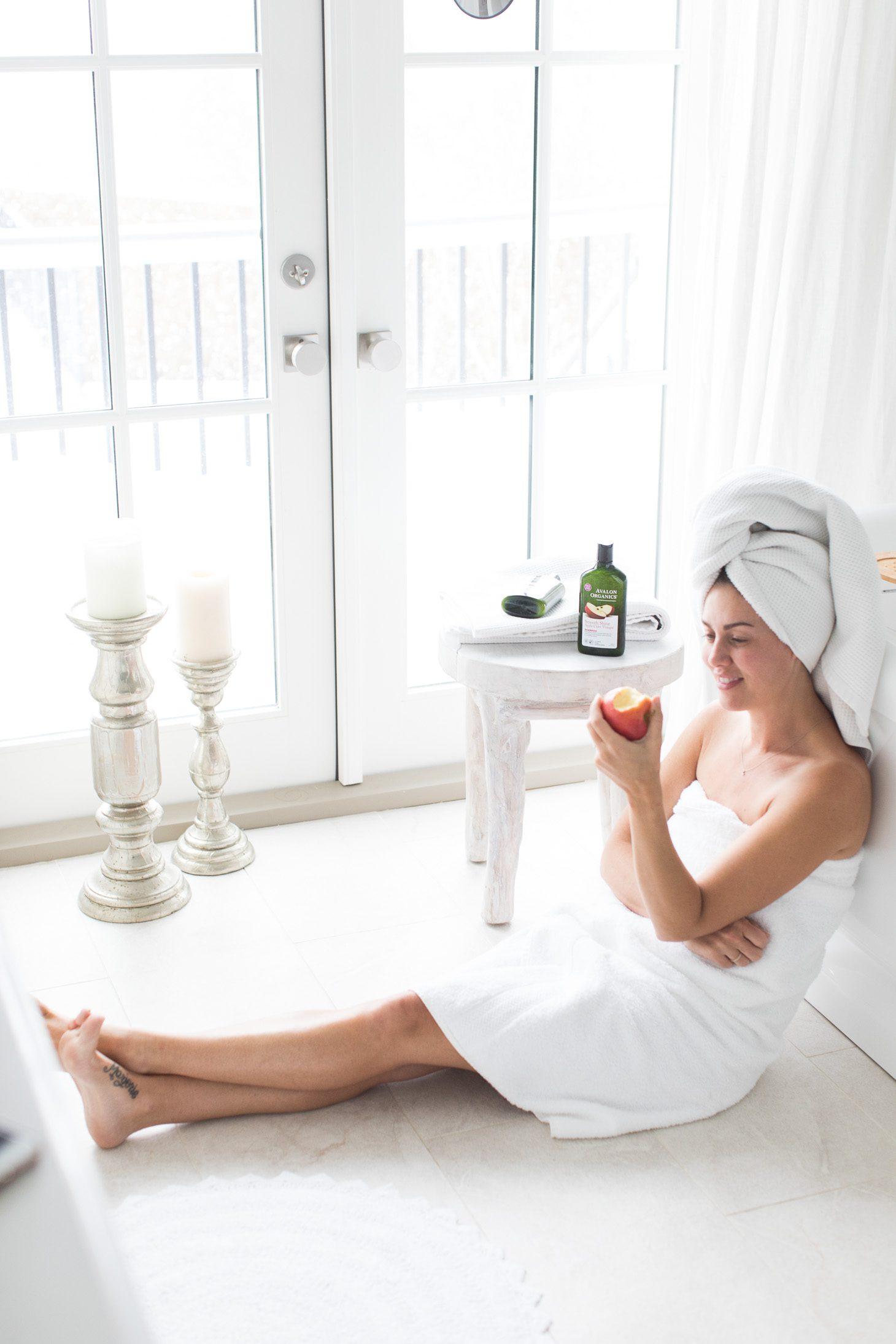 Jillian Harris Avalon Organics Apple Cider Shampoo and Conditioner