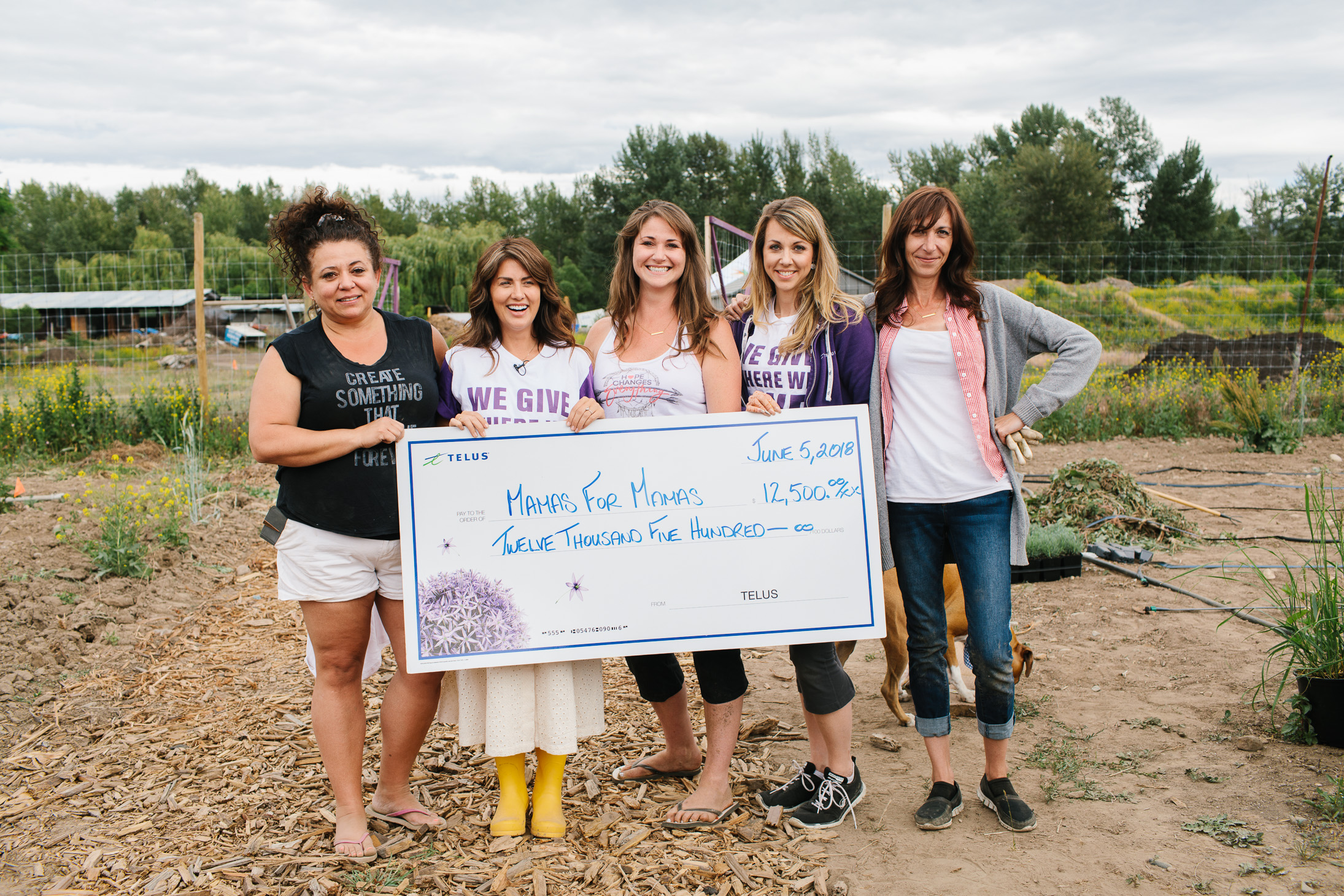 Jillian Harris A Community that Plants Together Grows Together