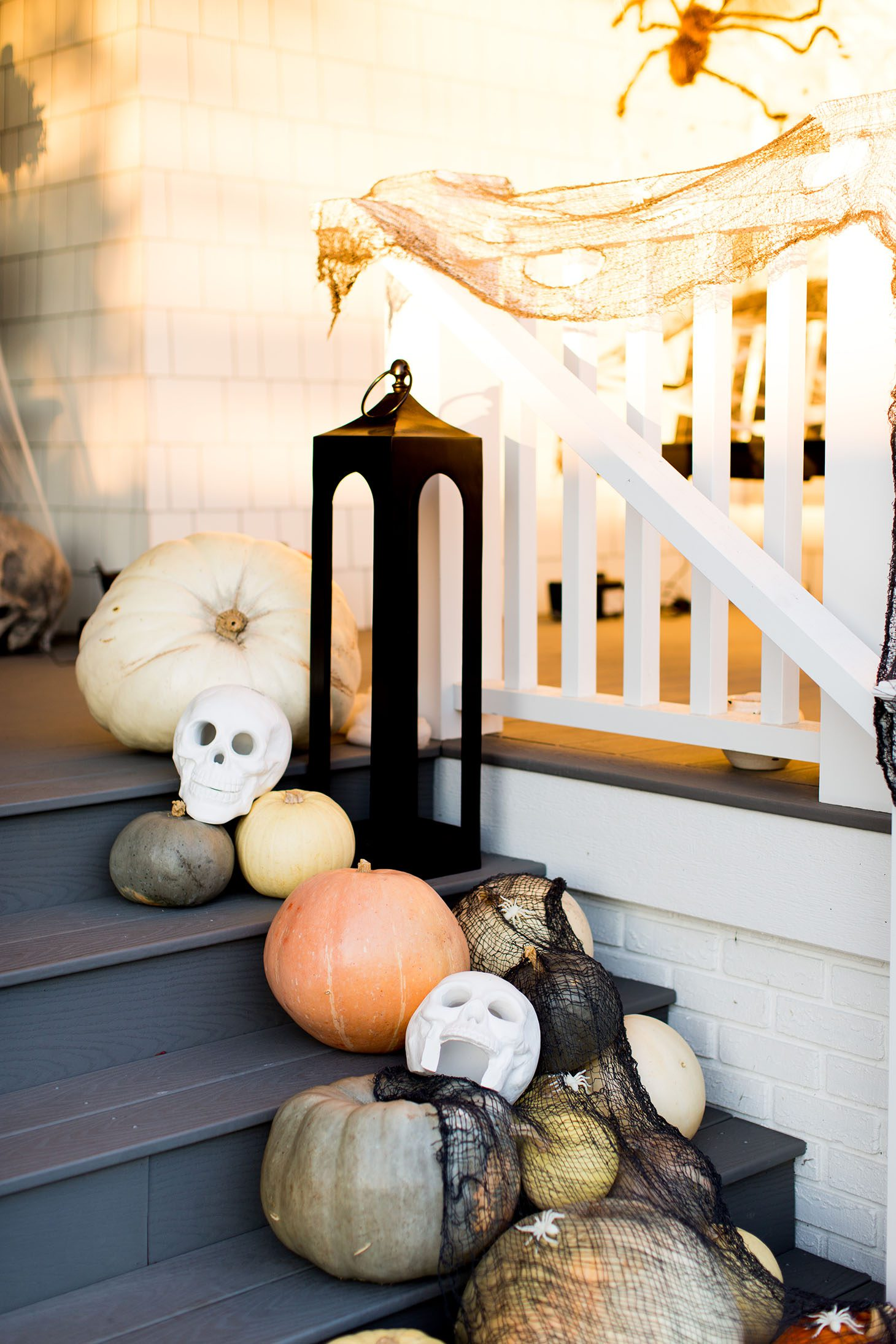 Jillian Harris 5 Halloween Decor Tips