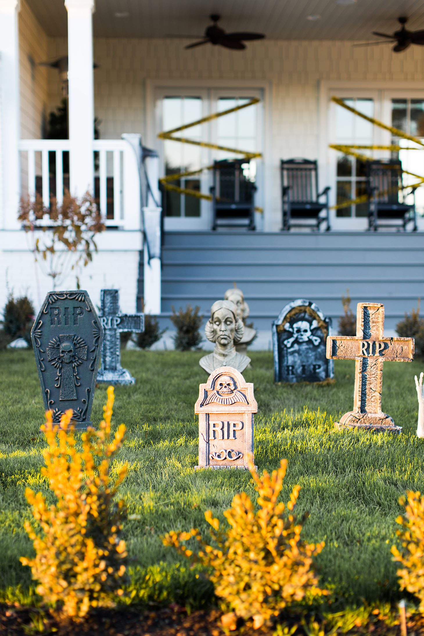 Jillian Harris 5 Halloween Decor Tips-4