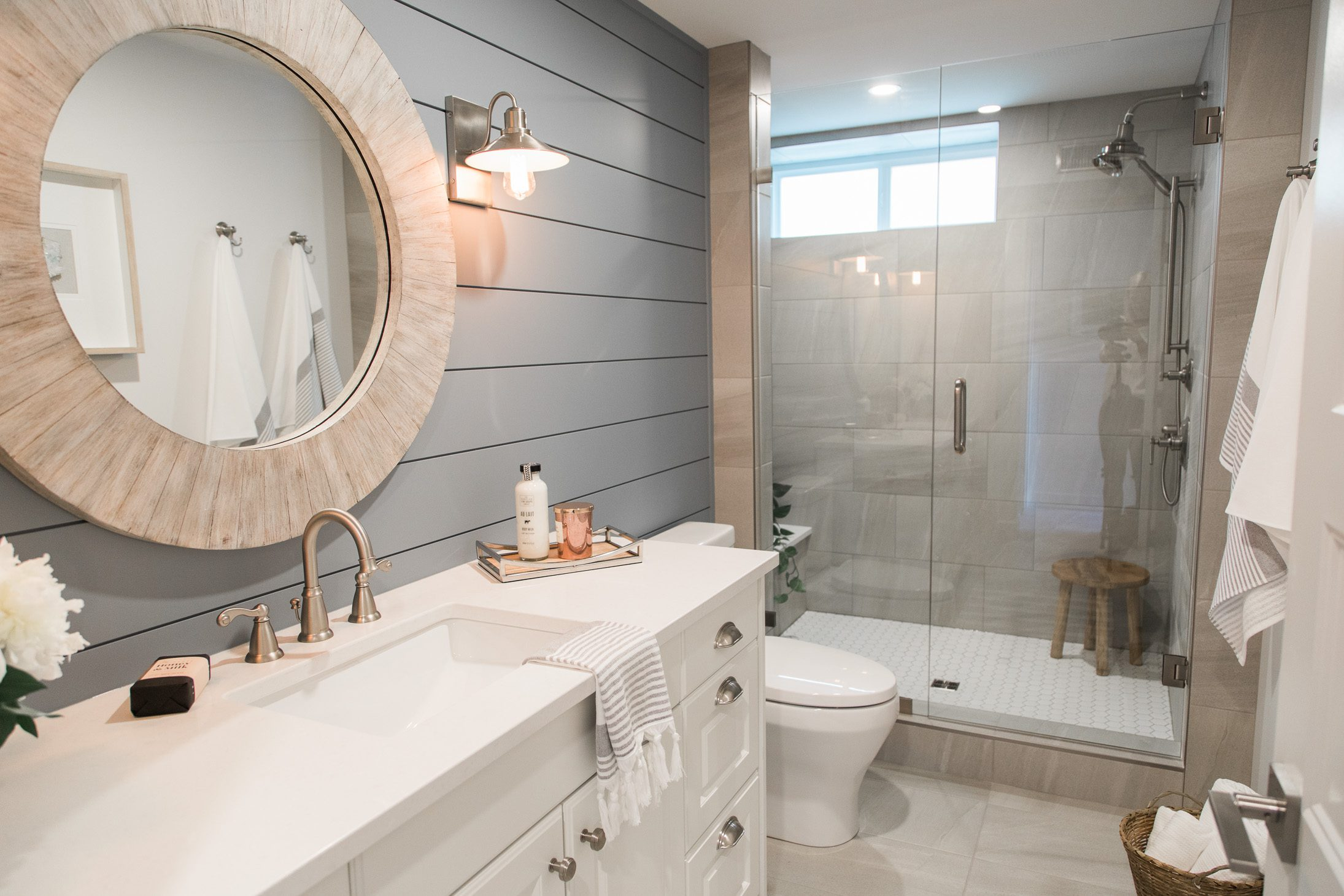 Jillian Harris Love It Or List It Vancouver Angie and Shawn