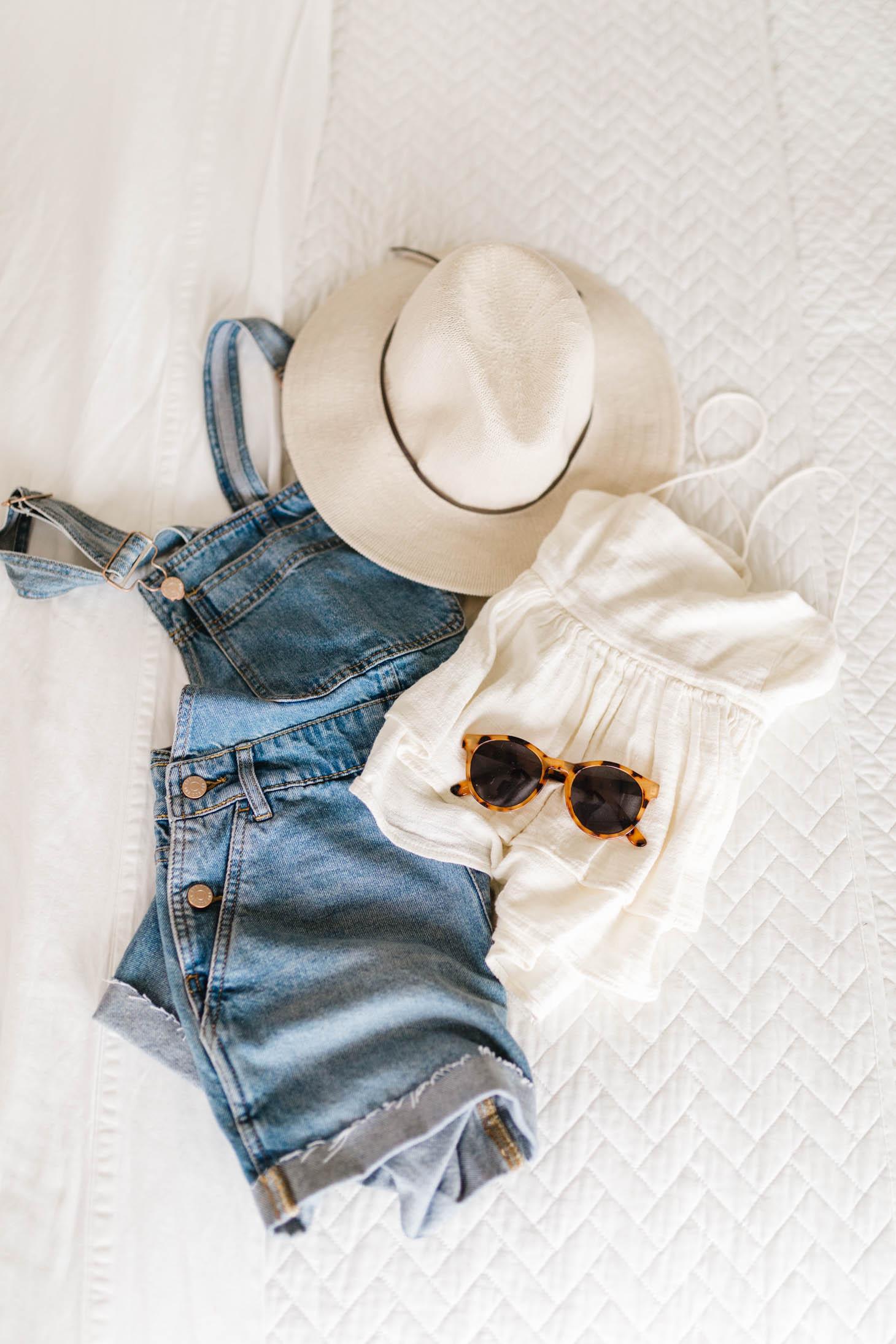 Jillian Harris 6 Easy Breezy Summer Outfits